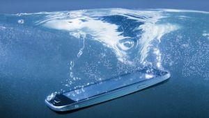 Bilim insanları su kaçmış telefonu kurtarma yöntemini anlattı