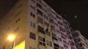 4'üncü kattaki evinin balkonundan kendini boşluğa bıraktı!