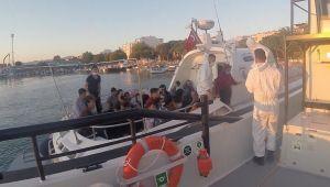 Denizde can pazarı! İzmir'de 131 kaçak göçmen kurtarıldı