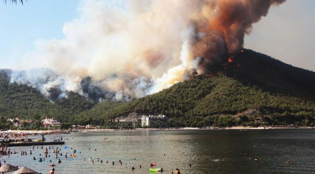 Marmaris'te bir çok mahalle yangından etkilendi