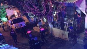İzmir'de kahvehanede silahlı kavga: 5 yaralı
