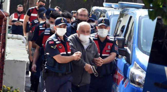 İzmir'deki 'yeşil reçete' operasyonunda 4 tutuklama